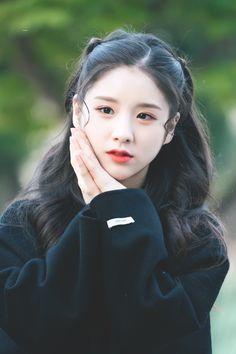 Kpop Girl Groups, Korean Girl Groups, Kpop Girls, Extended Play, Fandom, Cute Girls, Cool Girl, Jin, Lil Pump