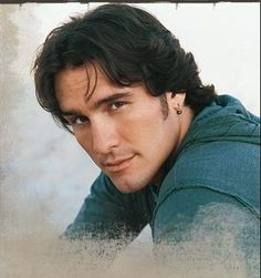 Joe Nichols: Guess I'll just look at this pic since my Dad and Mom wont let me go see him at the SA Rodeo.. Oh well.. That is life :(