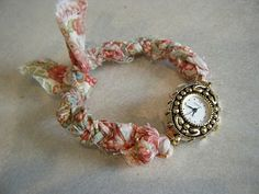 Anthropologie inspired watch with braided fabric band (diy tutorial)