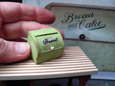 Dollhouse Miniature Furniture - Tutorials | 1 inch minis: DOLLHOUSE VINTAGE BREAD BOX - How to make a vintage bread box from card stock for your dollhouse.