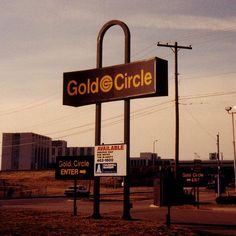 Gold Circle - Wikipedia, the free encyclopedia// opened in 1967 closed by We shopped at the Severance Center location in Cleveland Heights. Akron Ohio, Cleveland Ohio, Columbus Ohio, Cincinnati, Cleveland Rocks, Pittsburgh Food, Cleveland Heights, My Childhood Memories, Sweet Memories