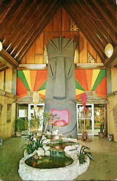 Tiki Garden's Entrance, St. Vintage Tiki, Vintage Florida, Tiki Art, Tiki Tiki, Tiki Hawaii, Tiki Decor, Tiki Lounge, Garden Entrance, Destinations
