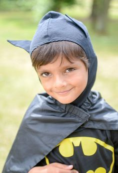 """""""5-Year-Old Kid Dressed as Batman Saves Toddler From Scorching Hot Car"""" 