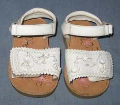 Osh Kosh B'gosh Size 6M Toddler Shoes White with Flowers