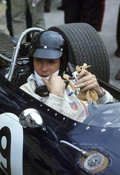 Dan Gurney in his Eagle Formula 1 car at German GP 1967 New Sports Cars, Exotic Sports Cars, Sport Cars, Dan Gurney, Classic Race Cars, F1 Racing, Racing Helmets, Drag Racing, Gilles Villeneuve