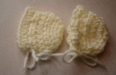 Angel Baby Bonnet Crochet Pattern Medium size This size pattern should fit about a 20 week baby. It matches well with our medium si. Preemie Crochet, Crochet Baby Hats, Baby Knitting, Kids Crochet, Crochet Blankets, Baby Patterns, Crochet Patterns, Crochet Ideas, Crochet Projects