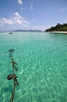 Bamboo Island (Thailand) by Leandro Discaciate