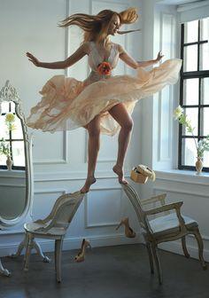 La fotografía levitatoria de Ravshaniya | OLDSKULL