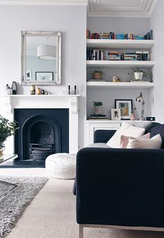 Most Design Ideas 25 Victorian Living Room Design Ideas Pictures, And Inspiration – Modern House Living Room Grey, Home And Living, Living Room Decor, Living Room Shelving, Alcove Ideas Living Room, Alcove Shelving, Alcove Cupboards, Shelving Ideas, Room Shelves