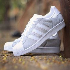 "ADIDAS SUPERSTAR GLITTER ""METALLIC SILVER""  ORIGINAL MADE IN INDONESIA Size : 36 2/3  37 1/3  38  2/3  39 1/3  40 Price IDR700.000"