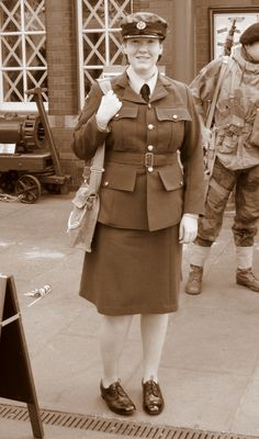 WAAF aircrafts women first class done. Ww2 Women, Global Conflict, First Class, World War Two, Larp, Wwii, Two By Two, Pride, Coat