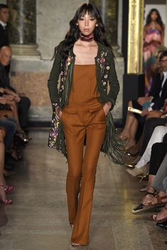 Emilio Pucci RTW Spring 2015 - Slideshow - Runway, Fashion Week, Fashion Shows, Reviews and Fashion Images - WWD.com