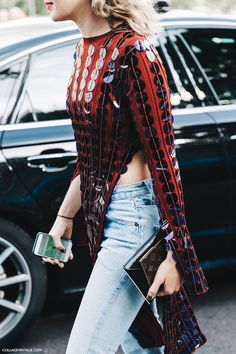 PFW-Paris_Fashion_Week-Spring_Summer_2016-Street_Style-Say_Cheese-Valentino_Spring_Summer_2016-Sequins-Levis-1