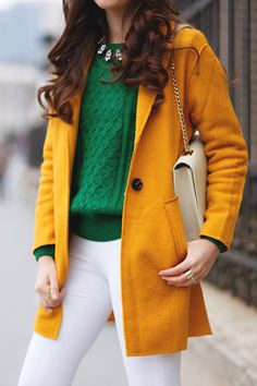 Classy Work Outfits, Stylish Outfits, Fashion Outfits, Office Outfits, Womens Fashion, I Love Music, Mustard Fashion, Outfits Mujer, Green Sweater