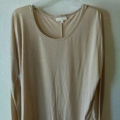 Brand new! High Low Top Wow is these tops are soft and very light.  Nice Neutral color pairs with anything.  You cannot go wrong with this top. True to size!! Women's sizing!!  Lightweight Jersey. Tops Blouses