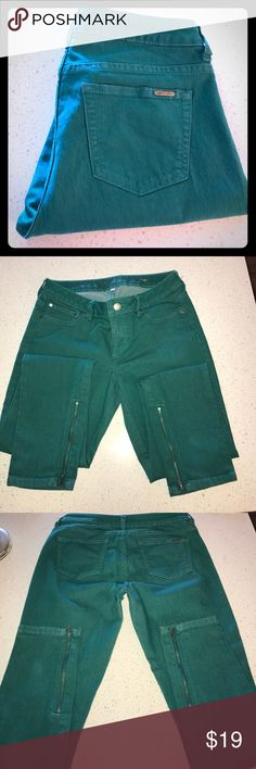 Jennifer Lopez Straight leg dark teal jeans Great Condition, with cute zipper detail at the ankle!  5% Spandex making them super comfy!! Jennifer Lopez Pants Straight Leg