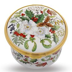 Combining renowned musical compositions with intricate craftsmanship, our collection of musical enamel boxes commemorates historical occasions and authentic artistry. True objet d'art, these shall be treasured for generations. Musical Composition, Halcyon Days, Christmas Rose, Trinket Boxes, Bellisima, Musicals, Decorative Plates, Enamels, Gifts