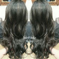 ネイビーグレーでトーンダウン💙 光に当たると透ける毛先✨✨✨ 毛先はぱっつりブラントにカット🙌  まんさんありがとうございます😉  Welinaのヘアカタはこちらから ↓↓↓↓↓ #hitomiyanagida  #ネイビーグレー #ヘアカラー #トーンダウン #透けるカラー #アッシュ #グレー #navygray #haircolor  #ash #darkash #darkgray #Hairsalon  #Welina  #myworks #お客様photo #まんさん