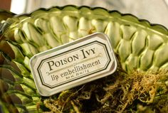 Poison Ivy Lip Embellishment