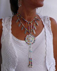 WHITE Ethnic MANDALA crochet NECKLACE Silver Feathers-Hippie