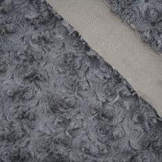 Futerko/minky róże - ciemnoszare #dresówka#dzianina#new#fabric#materials#shop#dresowkapl#pasmanteria#jesienzima2017 #autumnwinter2017#materiały#nowości#dresówkapl#fabrics#minky#plush