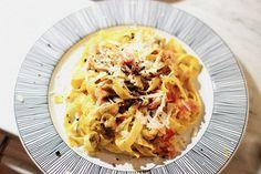 Fettucini with saffron, chanterelles, and summer truffles