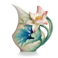 Lotus Harmony Porcelain Creamer from the Franz Collection Lotus, Harmony Design, Vase Crafts, Keramik Vase, Teapots And Cups, Teacups, Sculpture, Glass Candle Holders, Home And Deco