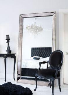 lack details in bedroom. love the standing mirror