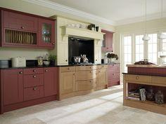 A broadoak painted shaker kitchen design idea. http://www.diy-kitchens.com/kitchens/broadoak-painted/details/