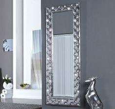 http://www.star-interior-design.com/COMPLEMENTI-Arredo/Specchi/1399-Specchio-Moderno-CHESTER-STRASS-Argento-170x60cm-QUADRO-DECORAT.html