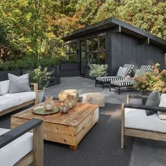 13 of 17 in A 1957 Midcentury in Seattle Receives a Striking… The roof terrace offers an outdoor lounge space, as well as views into the Seattle hills.The roof terrace offers an outdoor lounge space, as well as views into the Seattle hills. Air Lounge, Outdoor Lounge, Outdoor Rooms, Outdoor Furniture Sets, Outdoor Decor, Furniture Ideas, Garden Furniture, Rustic Furniture, Furniture Design