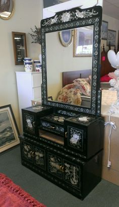 Vintage Asian Oriental Black Lacquer & Inlaid Stone Shell Carved Dresser Cabinet