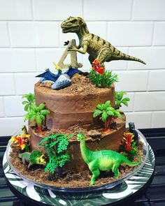 we love this chocolate chips ahoy dinosaur cake complete with cookie quot; fun cake idea for a dinosaur themed birthday party Dinasour Birthday, Dinosaur Birthday Cakes, Diy Birthday Cake, Dinosaur Party, 4th Birthday Parties, Dinosaur Cakes For Boys, Birthday Ideas, Elmo Party, Elmo Birthday