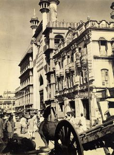 Calcutta 70 Years ago – 60 Amazing Vintage Photos Show Everyday Life of the Capital of India's West Bengal State in the middle Rare Photos, Vintage Photographs, Old Photos, Vintage Photos, India West, Calcutta, West Berlin, Vintage India, Bengal