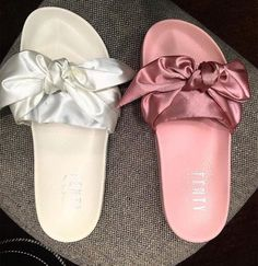 rihanna x puma fenty slippers white pink bb7e27043