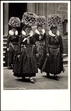 Germany, Schwarzwald, early 1900s, traditional costumes