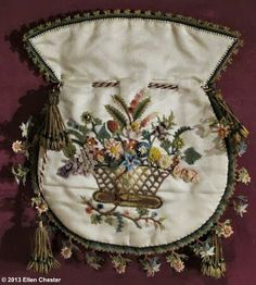 Silk reticule with Turkish hand-knotted floral edge, France, 1st quarter of the 19th century Amsterdam's Museum of Bags and Purses via Ellen Chester http://www.tassenmuseum.nl/en/the-collection/timeline