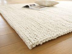 Teppich für das Babyzimmer: Schurwollteppich TORSADE, Naturweiß, 70 x 140 cm, 100% SSW - Teppiche - Grüne Erde