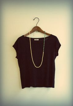 Tagua long necklace with Black tee T Shirts For Women, Crop Tops, Tees, Summer, Black, Fashion, Moda, T Shirts, Summer Time