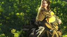 Beautiful fantasy music tune from Celestial Aeon Project. Loriel is one of the most beautiful elven princess. Elven Princess, New Age Music, Princess Beauty, Crying Man, Celtic Music, Girls With Flowers, Joke Of The Day, Make A Man, Free Girl