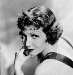 Claudette Colbert - She is one of my favorite actresses from the Golden Age of Hollywood. Hollywood Stars, Hollywood Icons, Old Hollywood Glamour, Hollywood Fashion, Golden Age Of Hollywood, Vintage Hollywood, Hollywood Actresses, Classic Hollywood, Actors & Actresses