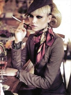some notes on napkins: Vogue Italia October 2008 Stunning
