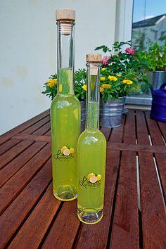 Limoncello, ein raffiniertes Rezept aus der Kategorie Likör. Bewertungen: 49. Durchschnitt: Ø 4,6.