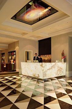 Hotel Schweizerhof Bern reception