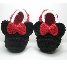 Mon Petit Mardi crocheted slippers