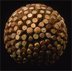 #Wine Cork Sphere - http://love4wine.wordpress.com/2009/10/30/cork-crafts/cork-2/ #DIY