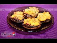 Stuffed Mushrooms with Bacon and Cheese Recipe Cheese Recipes, Yummy Recipes, Bacon Stuffed Mushrooms, Baked Potato, Potatoes, Yummy Food, Baking, Breakfast, Ethnic Recipes
