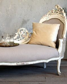 FRENCH GARDEN HOUSE Vintage Shabby White French Style Chaise Pastel Flowers-antique,upholstered,burlap,cotton,sofa,elegant, furniture,chic,pink, flowers, blue,white,hand carved,
