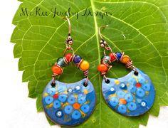 Flower charm metal enameled and glass earrings.