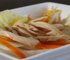 insalata di pollo con finocchi e cetrioli
